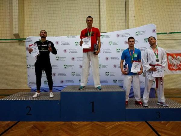 Michał Parczewski zwycięzca Akademickich Mistrzostw Polski Karate WKF