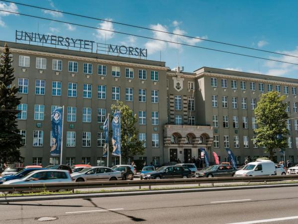 Budynek Uniwersytetu Morskiego w Gdyni